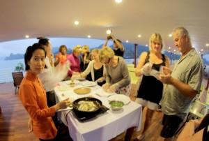 huong-hai-sealife-cruise-restaurants